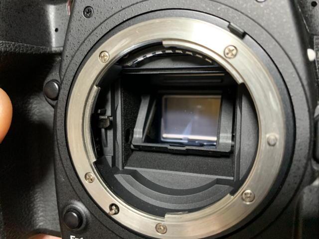 デジタル一眼レフカメラのミラー